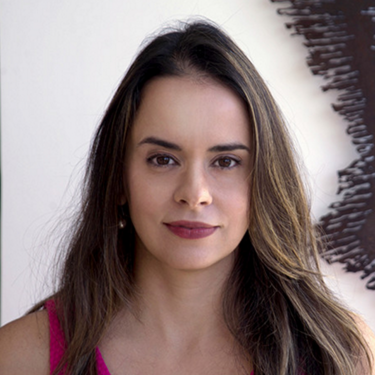 Dra Juliana Amato